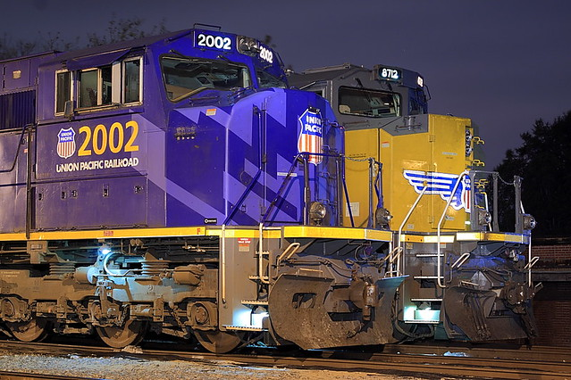 UP 2002 (SD70M) UP 8712 (SD70ACe) Memphis, TN
