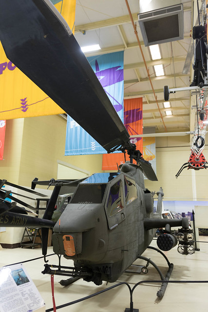 Bell AH-1F Cobra Helicopter-24.jpg