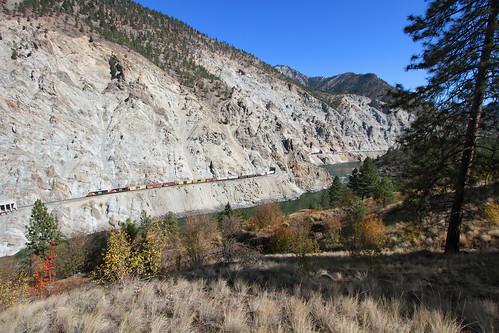 railroad canada cn train river bc britishcolumbia tunnel canyon cliffs morris ge lytton canadiannational freighttrain lasha es44dc whitecanyon thompsonrivercanyon manifestfreight no355