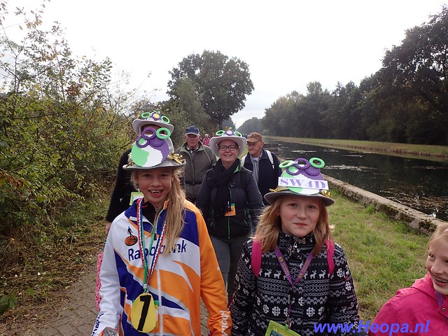 2016-10-21     Raalte 4e dag    30 Km   (165)