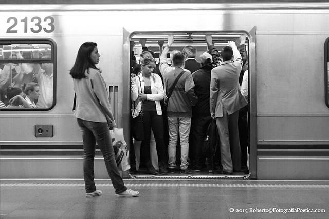São Paulo, 2015. Metrô / Metro / Μετρό / U-Bahn / Métro / 地下鉄 / Метро / Subway.