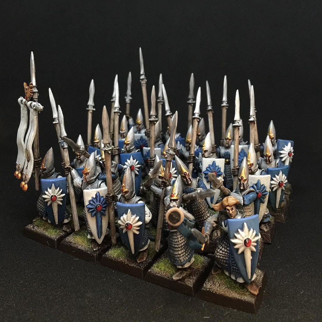 25 High Elf spearmen painted to a quick table top level fo