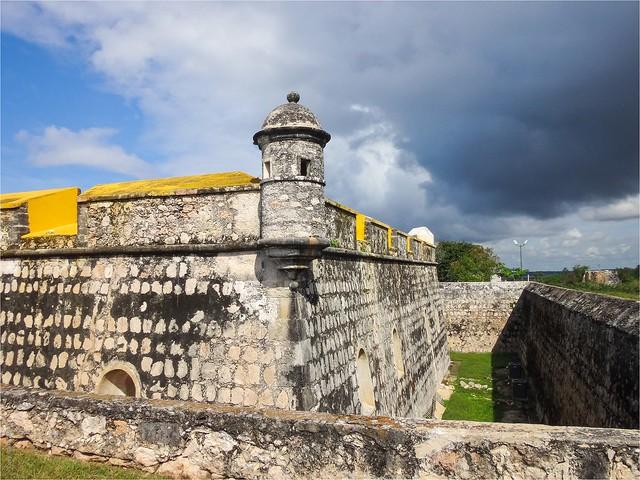 Fuerte San José - Campeche México 140102 132100 TX1547