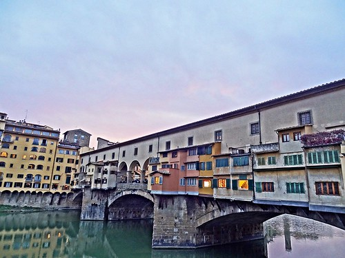 Ponte Vecchio - Arno River - Florence - Italy | by Revolweb