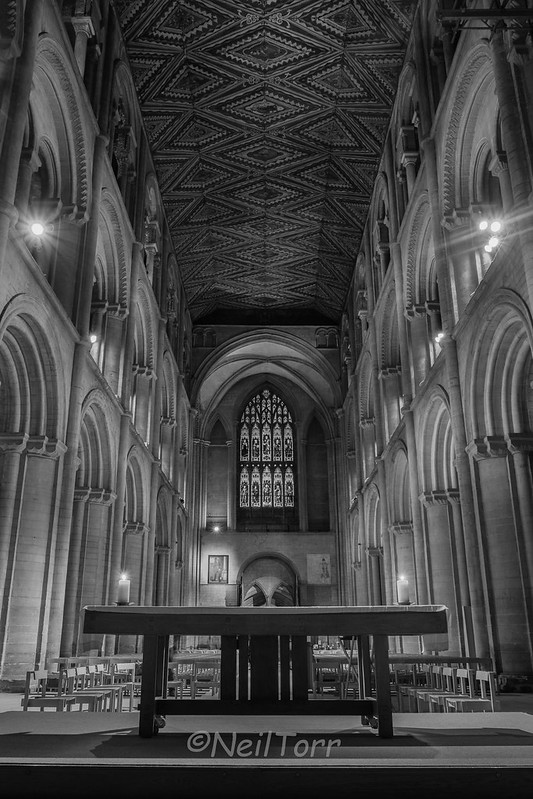 2016-10-18 Pboro Cathedral Candles 041 copy B+W sig