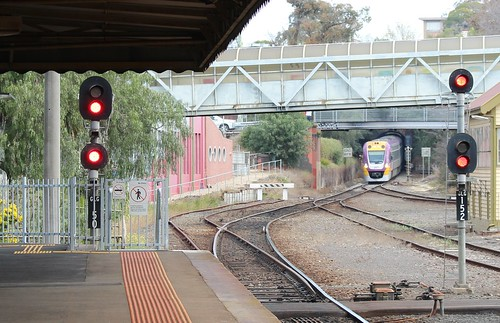 Melbourne-bound train approaches Geelong station | by Daniel Bowen