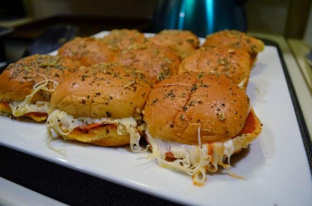 PepperoniPizzaSliders