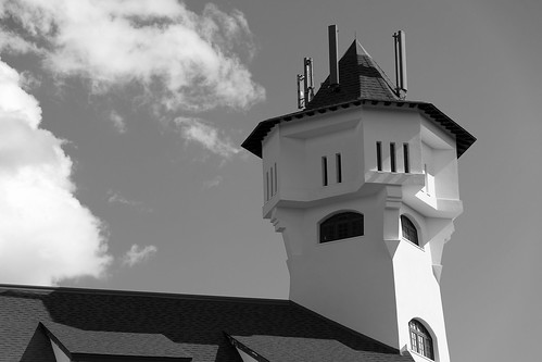 blackandwhite bw cloud white black building tower monochrome architecture blackwhite outdoor resort newbrunswick algonquin standrews nbphoto nikond3300 d3300 algonquinresort