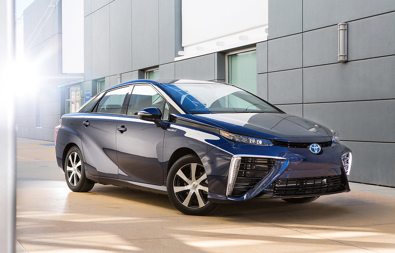 2016 Toyota Mirai Engine and Price
