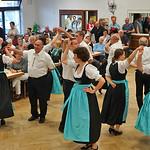 17:30 Uhr - traditionelle Tanzvorführungen der Trachtengruppe Karlsruhe