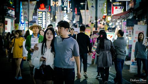 24105 24105mm asia asian korea korean myeongdong rok republic seoul south alley couple landscape lights neon night photography shopping sign signs street tourist 明洞 명동 서울 ææ´ ëªë ìì¸ southkorea