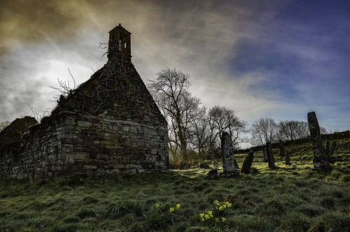sky church grave clouds sunrise scotland sony perthshire ruin alpha