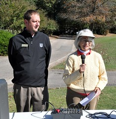 Jeff Englehaupt, Gen. Mgr. of Wildwood Green Golf Club with Rotarian and golf tourny organizer Linda Brooks.