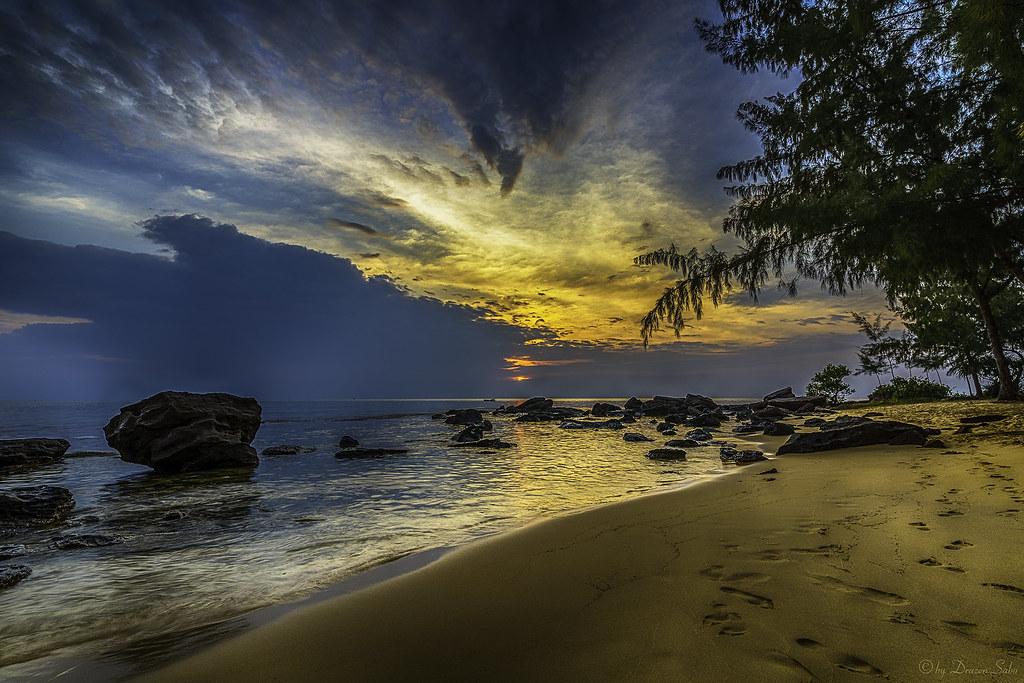 sunset at phu quoc island
