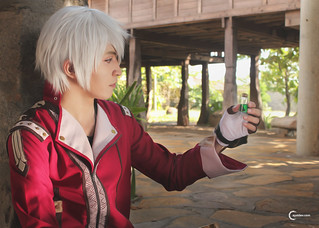 Yuu Knives cosplaying Logy of Atelier Escha & Logy: Alchemists of the Dusk Sky