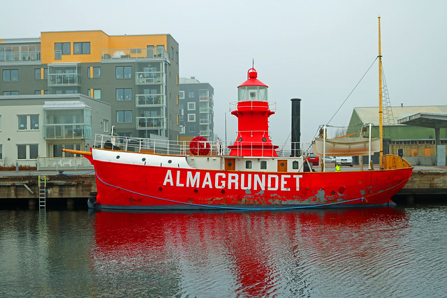 Lighthouse ship Almagrundet built in Gävle in 1896 has finally been returned home after a very long service out and around the Baltic sea.It is planned to become a ships museum and will stay here at home in Gävle.And to think it doent have any motor.