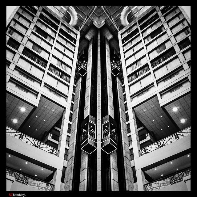 -003260_Elevators