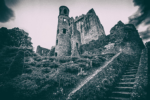 ireland blackandwhite castle monochrome landscape outdoor cork magic legend blarneycastle myth dorameulman
