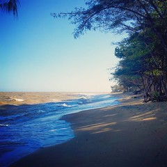 Praia das Pitas (Marataízes/ES)