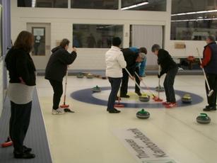 Aufs Glatteis -Curling- in Weinfelden