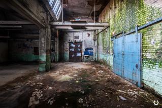Le salaire entre par la porte et sort par la cheminée | by thomascaryn.com