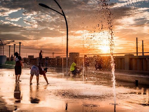 park bridge sunset sky sun reflection water clouds dallas texas continental
