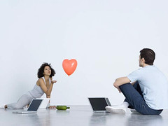 8 Tips for meeting your online date in person.