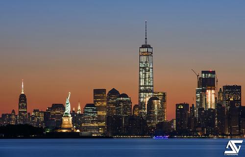 nyc longexposure ny newyork sunrise nikon manhattan worldtradecenter ag hudson nikkor lowermanhattan anto xiii libertystatue d810 oneworldtradecenter antoxiii 70200vrii agphotographe
