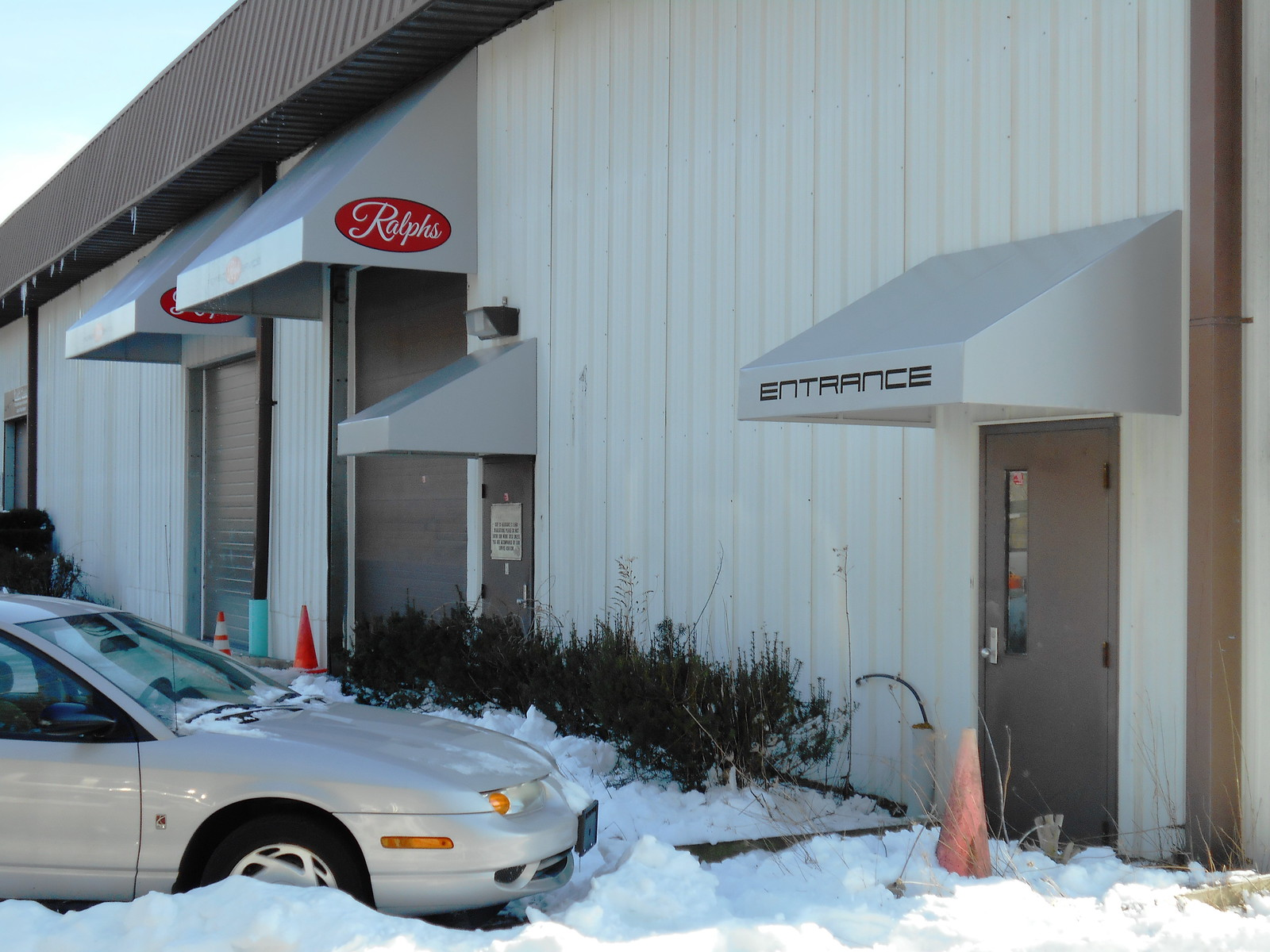 Building-Auto Awnings
