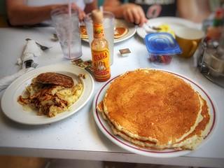Pancakes, Sausage & Hash-browns @ Harolds Koffee Shop   by vwcampin