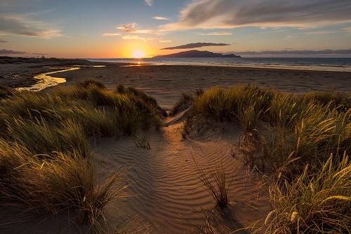 sunset newzealand seascape beach nature landscape island evening sand dunes dune nz wellington northisland coastline kapitiisland kapiticoast pekapeka coastallandscape pekapekabeach
