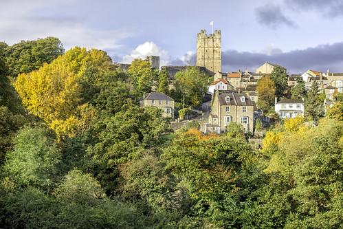 richmond northyorkshire landscape hdr autumn colours outdoor nikond7100 castle trees sky
