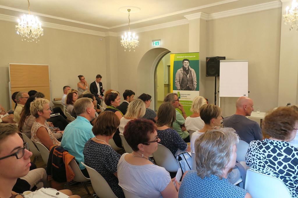 Eröffnung der Veranstaltung bezüglich Thüringer Schule auf dem Weg zur Inklusion, im Haus Dacheröden Erfurt.