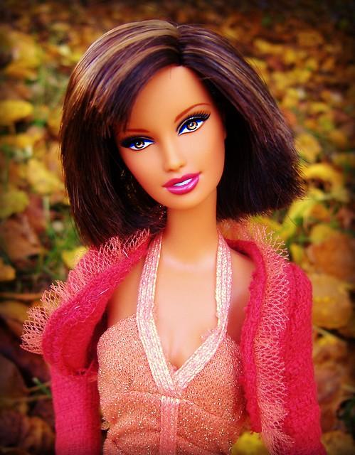 Autumn Girl Lara