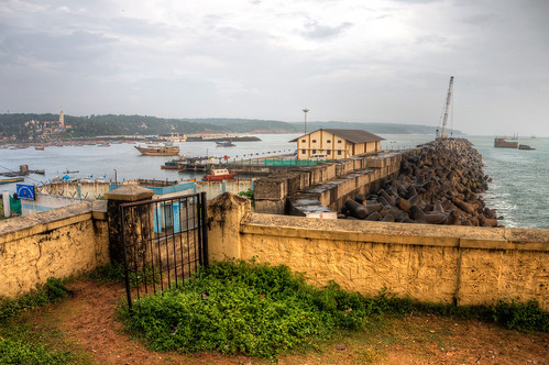 ocean sea rain port harbor ship harbour kerala hdr trivandrum arabiansea thiruvananthapuram highdynamicranging
