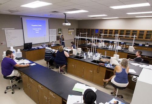 science class at Alliance Satellite