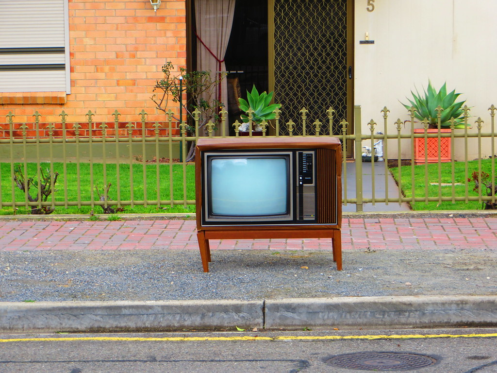 1970s/80s Sanyo Telecolor Television on the kerb - Church