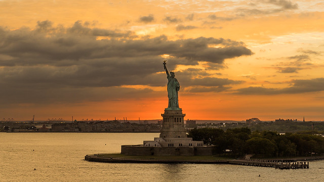 NEW YORK - Statue of Liberty 2