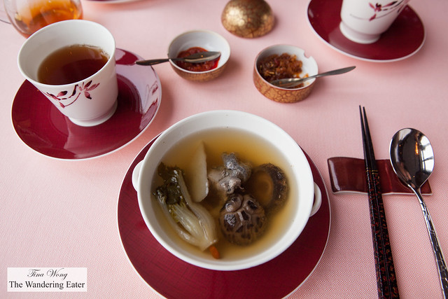 Double boiled premier clear broth with ginseng and Silkie chicken