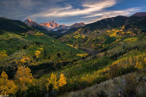 autumn fall colorado autumncolors aspen elkrange capitolpeak mountdaly capitolcreek