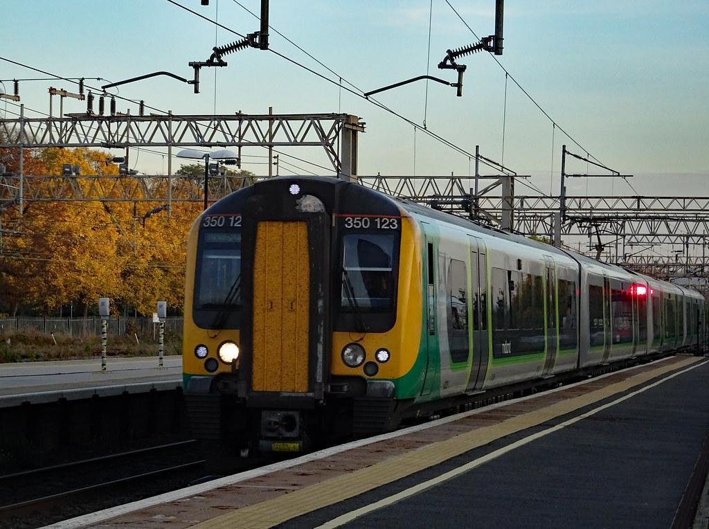 350123 Watford Junction 31.10.16