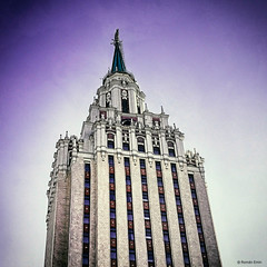 https://live.staticflickr.com/5651/22631989198_3c7c40ccbb_b.jpg