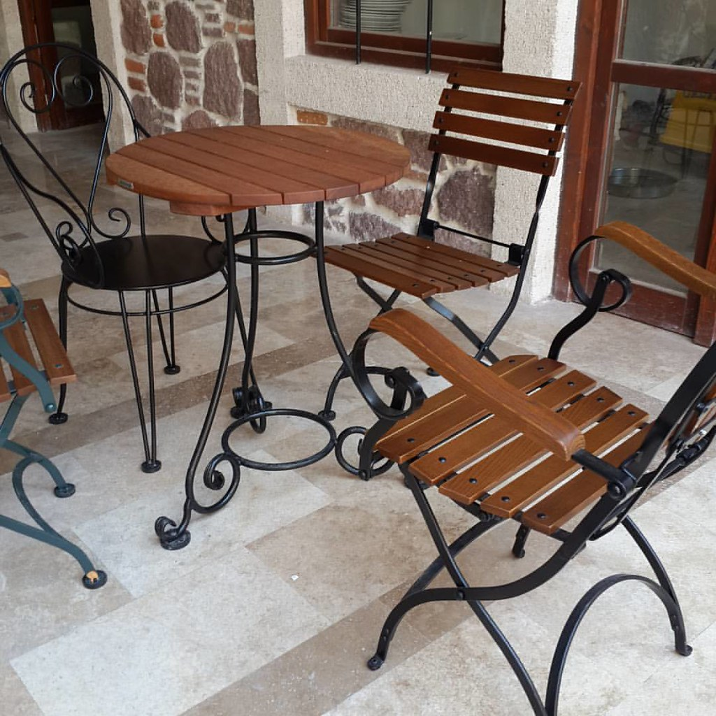 Enjoyable Folding Armchairs And Wrought Iron Round Table Demar Lamtechconsult Wood Chair Design Ideas Lamtechconsultcom