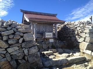 木曽駒ヶ岳 山頂 那駒ヶ嶽神社 | by ichitakabridge