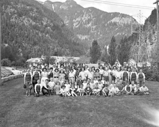 Students and teachers at Newhalem School, 1954