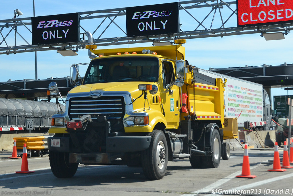 Ohio Turnpike Sterling L8513 Plow Truck | Trucks, Buses, & Trains by