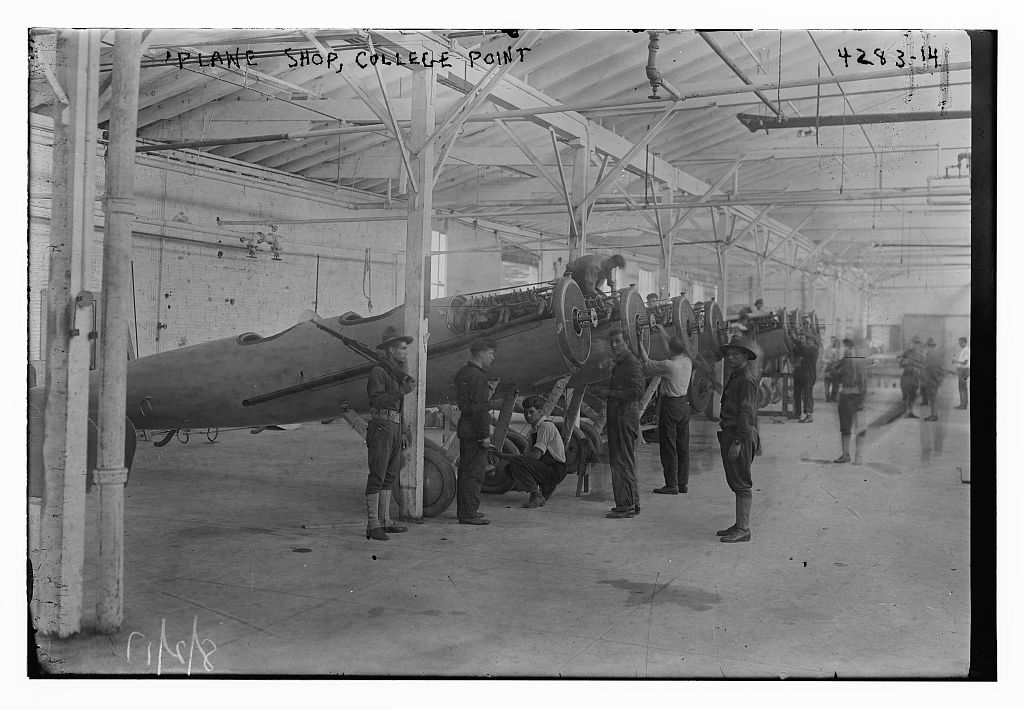 Plane shop, College Point (LOC)