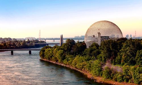 montréal canada colors city walking waterways walkways bridge architecture green travelformyjob travelling autdoor