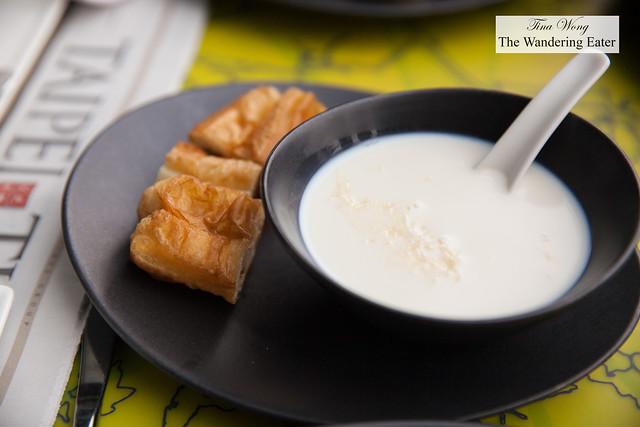 Fresh hot soymilk and youtiao