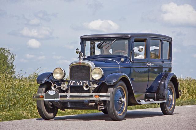 Nash Series 230 Special Six DeLuxe 4-Door Sedan 1926 (8637)